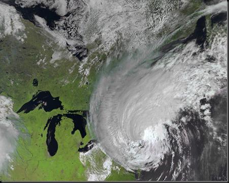 quien-le-pone-el-nombre-a-los-huracanes-296360_529_423_1
