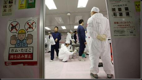 Reconstruccion-Fukushima_TINIMA20120220_0483_18