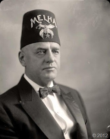 Shriners-with-Man-e1342190185258